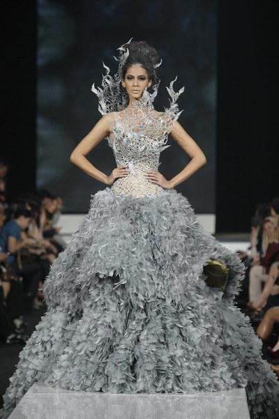 Tex-Saverio-Hunger-Games-Katniss-dress