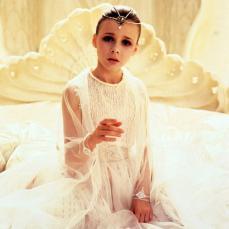 Tami Stronach è l'Imperatrice Bambina confinata nella Torre d'Avorio de La Storia Infinita (1984)