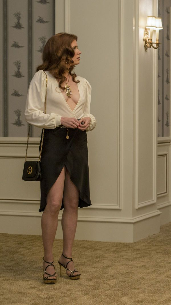amy-adams-promos-from-american-hustle-_3