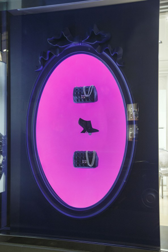 Dior-Christmas-Window-Display-Yasemin-Richie-333x500