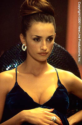 Penelope-Cruz-as-Mirtha-in-New-Lines-Blow-2001-2