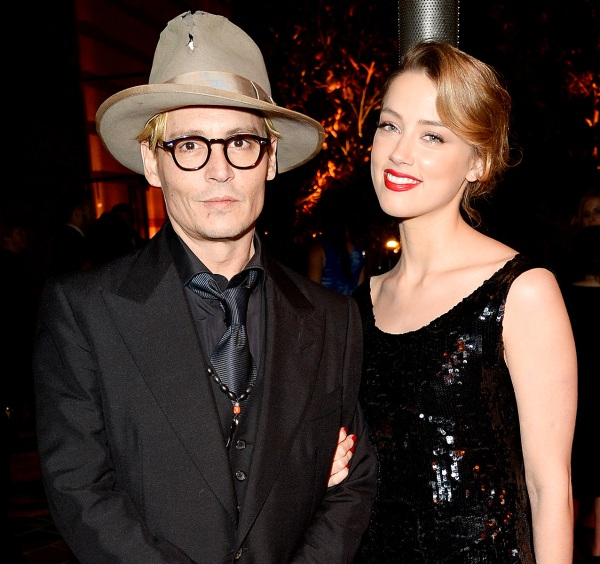 1389638082_amber-heard-johnny-depp-zoom