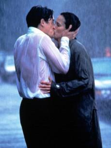 Hugh Grant e Andie MacDowell in Quattro matrimoni e un funerale (1994)