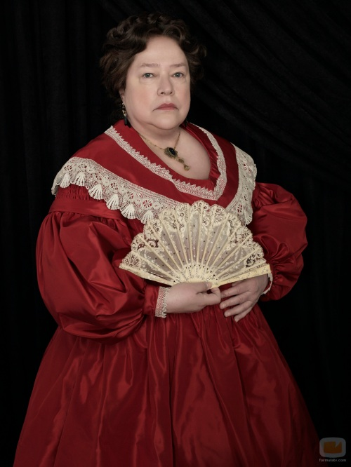 38570_kathy-bates-madame-lalaurie-american-horror-story-coven