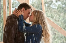 Channing Tatum e Amanda Seyfried in Dear John (2010)