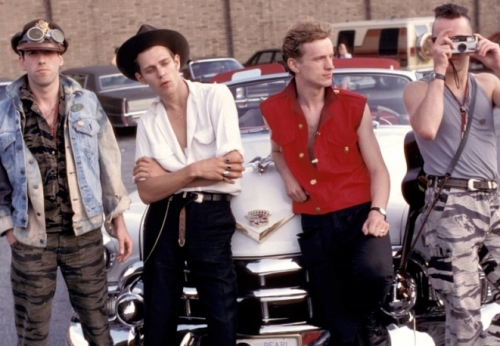 The-Clash-1982_main_image_object