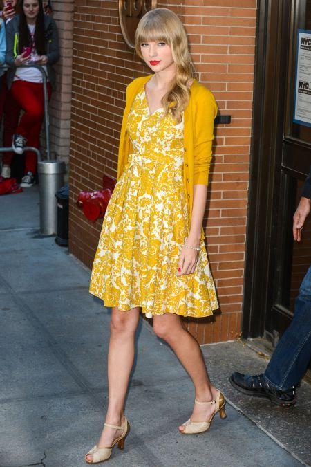 01-Taylor-Swift-Dress-Cardigan-main
