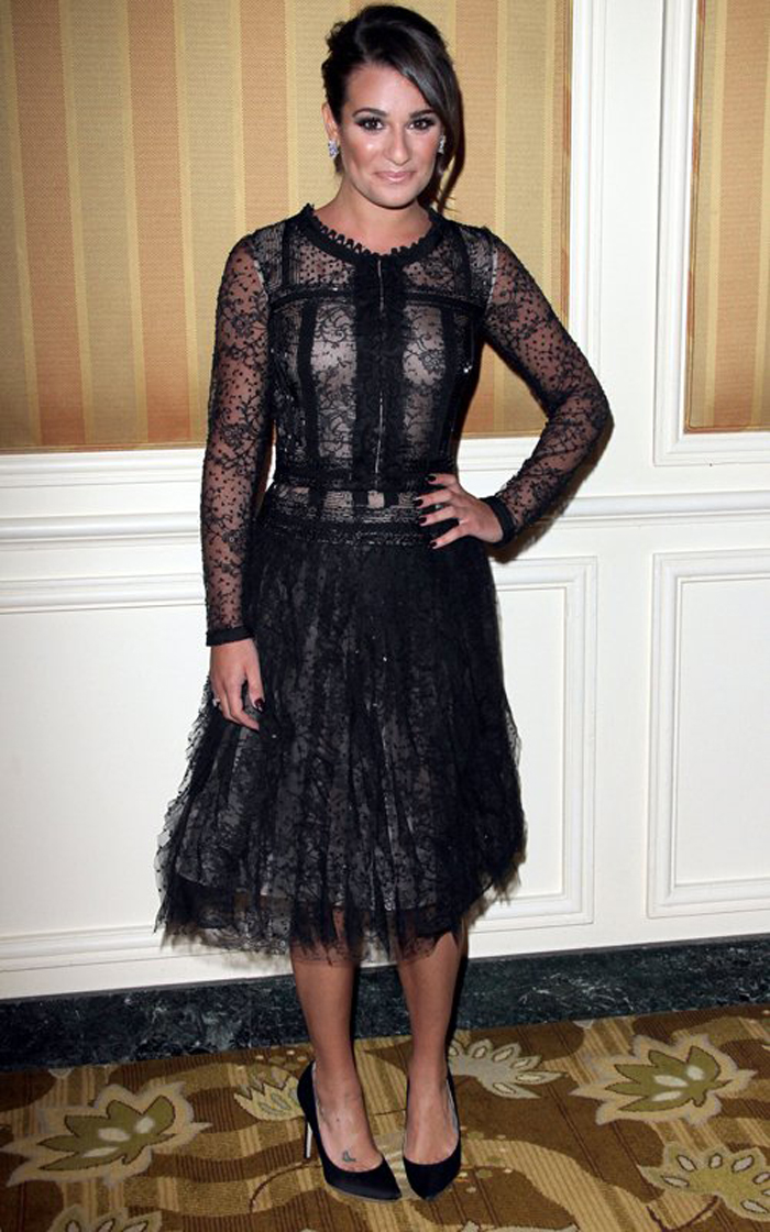 In Oscar de la Renta black-lace