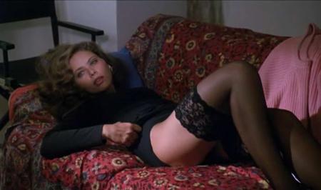 Ornella Muti in Stasera a casa di Alice (1990) Bellissima e felina, è l'attrice di filmetti spinti contesa fra Carlo Verdone e il fratello adultero Sergio Castellitto.