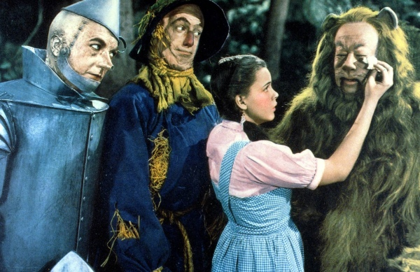 Stills-cowardly-lion-of-oz-19567354-1684-1092