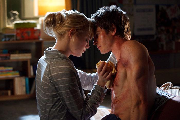 Andrew Garfield e Emma Stone in love sul set di The Amazing Spider-Man (2012)