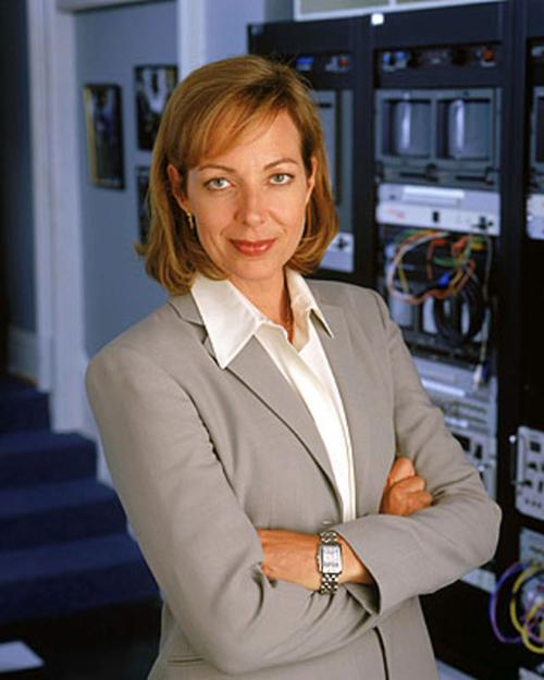 Allison Janney in The West Wing (1999-2006) è Claudia Jean Cregg