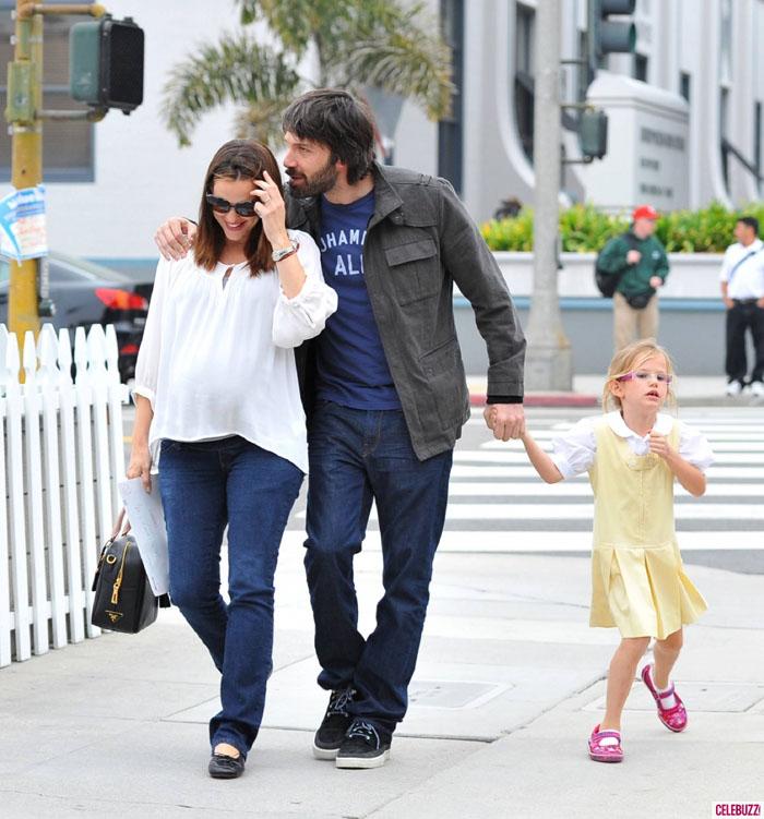 Oggi, Affleck e Garner hanno tre figli e sono fra le coppie più collaudate di Hollywood. Il regista premio Oscar ha sposato la sua atletica musa su sponde caraibiche nel 2005.