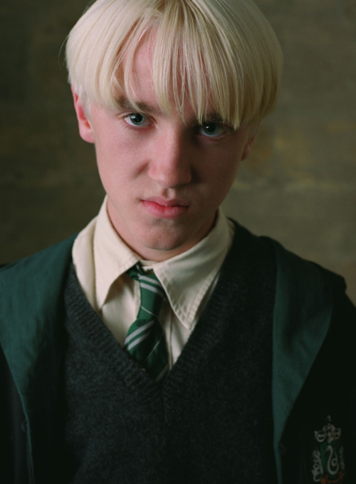 "L'odioso Tom ""Malfoy"" Felton nemesi collegiale di Harry Potter."
