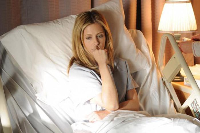 Veronika decide di morire (2009) La spunta su Kate Bosworth e offre la sua performance più autentica, sconvolgendo come l'aspirante suicida di Coelho in un dramma che ha commosso lo stesso scrittore ma che non è mai stato distribuito nelle sale.