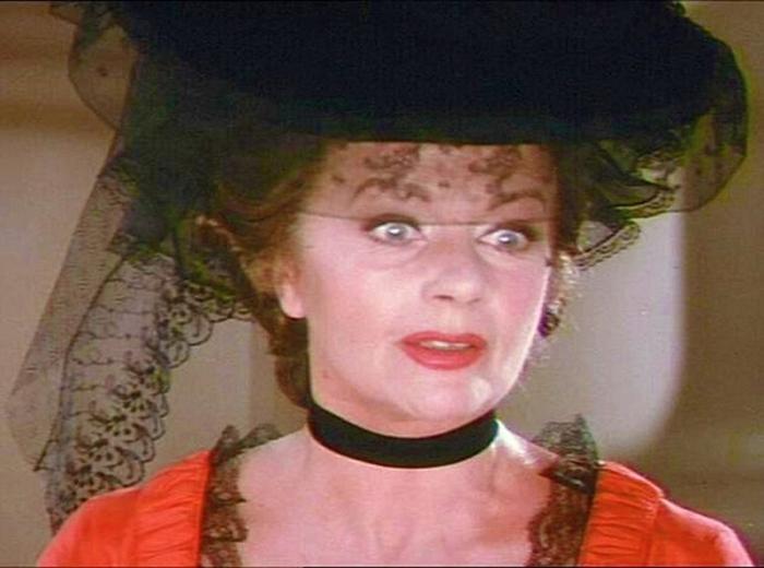 Margaret Lockwood è la Matrigna di Cenerentola ne La Scarpetta e la Rosa