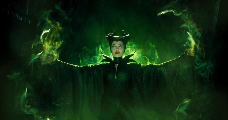 Angelina Jolie è Maleficent la strega de La Bella Addormentata nel Bosco