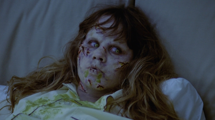L'Esorcista (1973) di William Friedkin Ufficiosamente bandito fino al 1999, l'horror più raccapricciante della storia scaglia le gesta demoniache di una bambina posseduta dal Maligno.