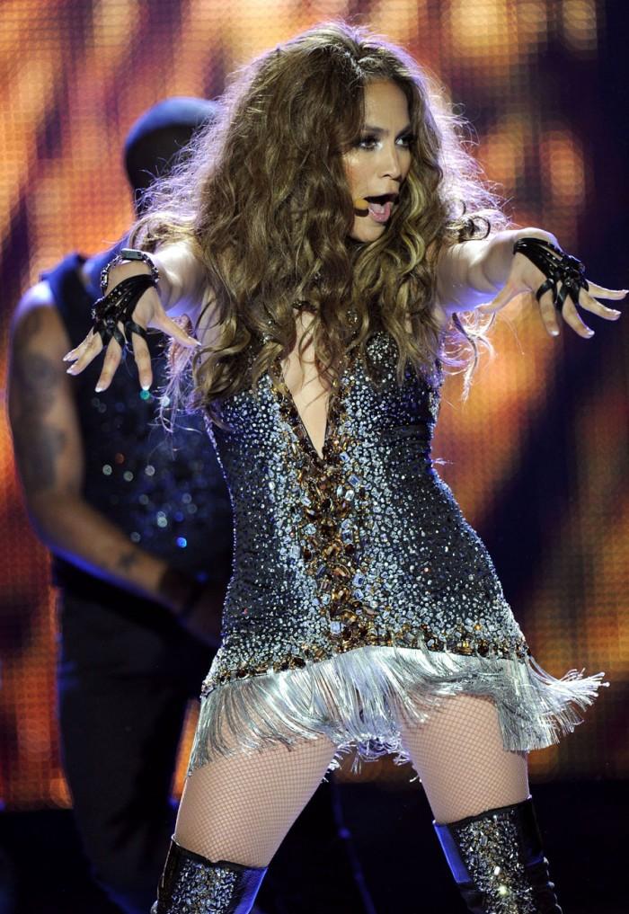 In Roberto Cavalli sparkly minidress ai World Music Awards 2010