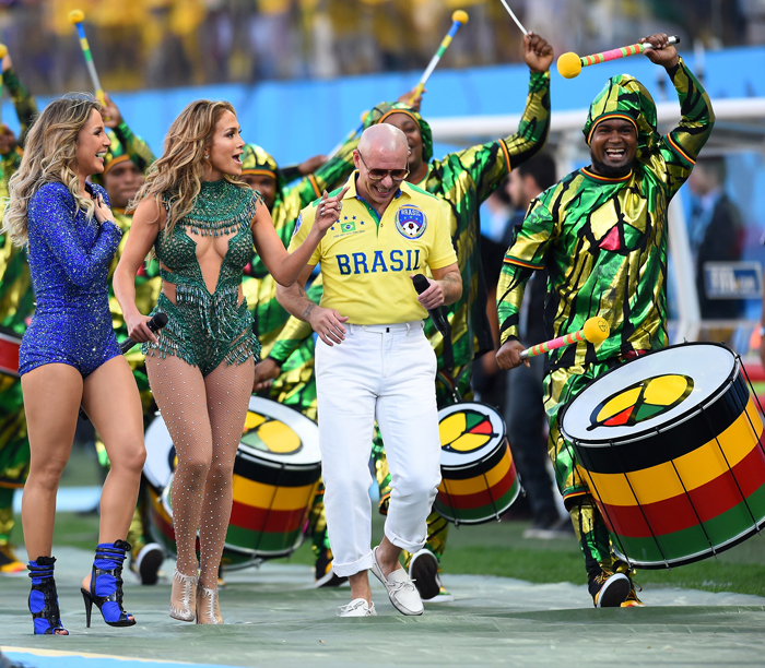 Brasile 2014: We are one di Jennifer Lopez, Pitbull e Claudia Leitte