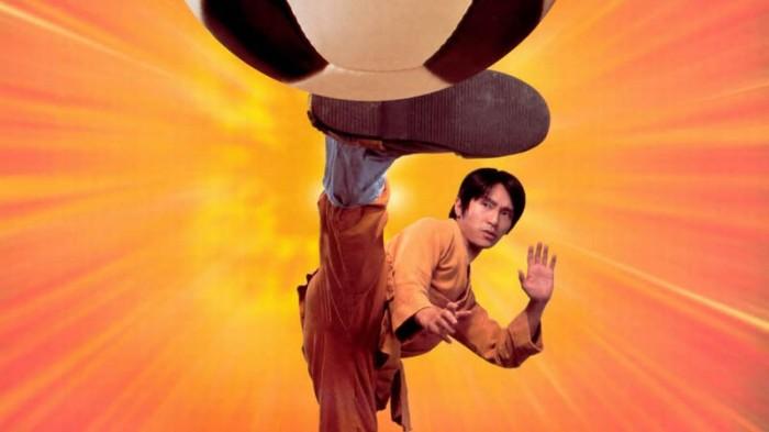 Stephen Chow è il banzai incendiario del pallone in Shaolin Soccer (2001)