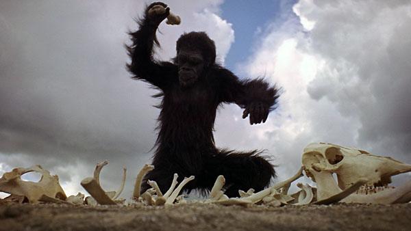 Il leader degli ominidi in 2001 Odissea nello Spazio (1968)