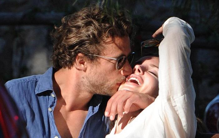 Il suo nuovo amore si chiama Francesco Carrozzini: fotografo trentunenne dalle appetibili fattezze angeliche…