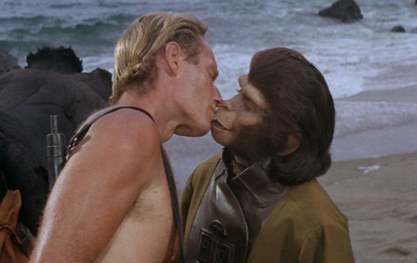 Zira è l'amore scimmiesco di Charlton Heston (1968)