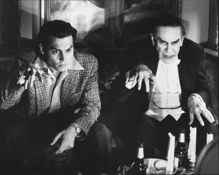 """Martin Landau è il Bela """"Dracula"""" Lugosi nel dimenticatoio ingaggiato dal regista di horror-spazzatura Ed Wood (1994)"""