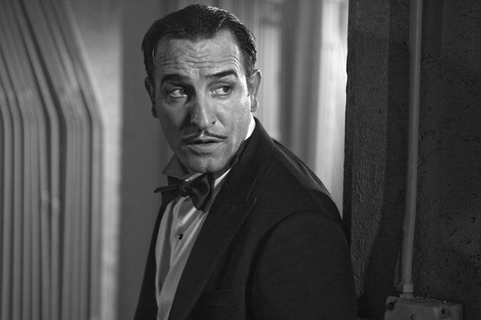 Jean Dujardin divo del muto spazzato via dall'avvento del sonoro in The Artist (2011)