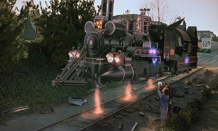 La locomotiva del tempo che rivedremo stasera nell'epilogo del film