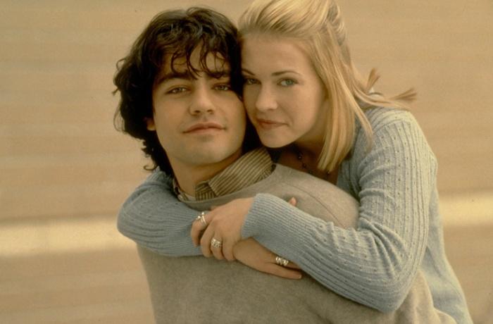 Melissa Joan Hart e Adrian Grenier in Drive Me Crazy (1999)