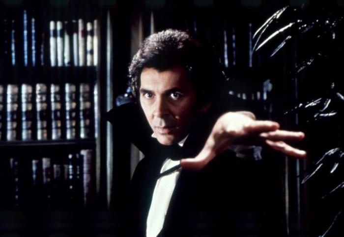 Frank Langella è Dracula (1979)