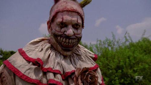 Come Twisty il clown di AHS Freak Show