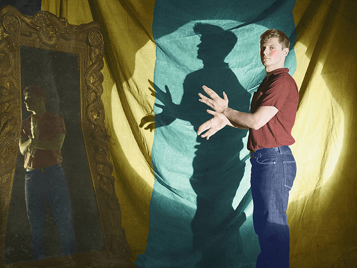 Evan Peters è Jimmy Darling: l'uomo con le mani a forma di chele in AHS: Freak Show