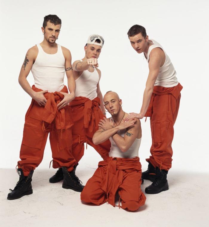 East 17: Formatasi nel 1992, era la band del ghetto rivale dei Take That.