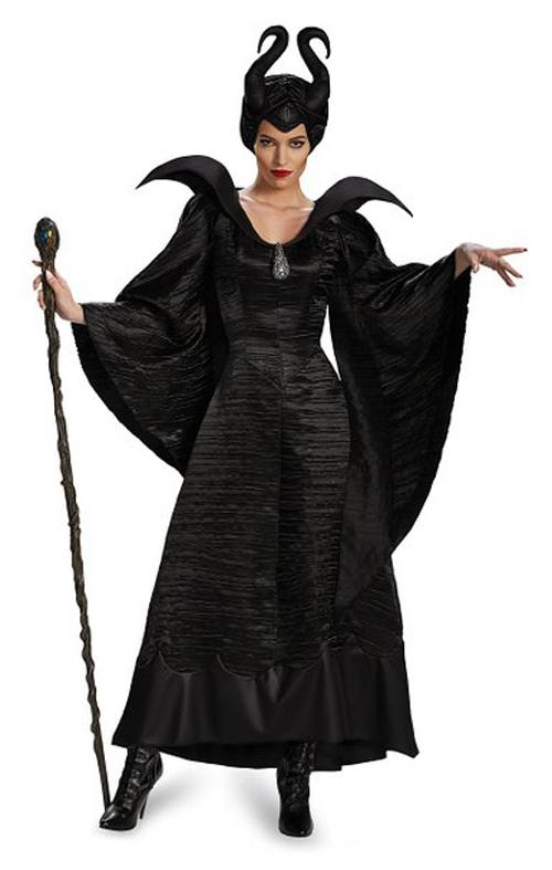 Disney Maleficent Christening Black Gown lo trovi su amazon.com