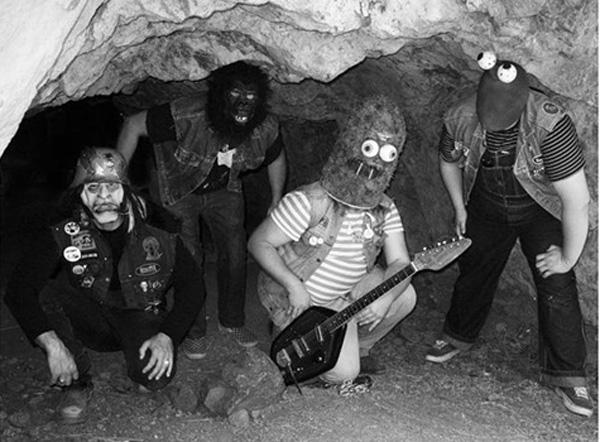 Teeh Cormans sono la garage band che ha visto tutti gli horror di Roger Corman