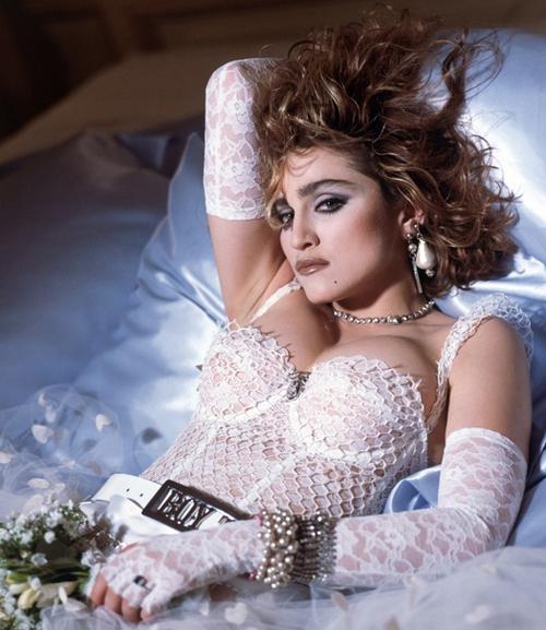 Like a Virgin compie 30 anni con le sue 21 milioni di copie vendute e con un omonimo singolo apripista che, oggi, fa la fortuna di una monaca (!)