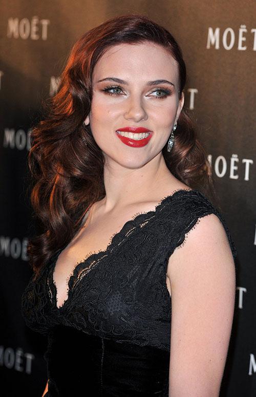 Scarlett bruna