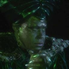 7- L'allora sconosciuto, Tim Burton, debuttava dietro la cinepresa dell'episodio Aladino e la lampada magica.