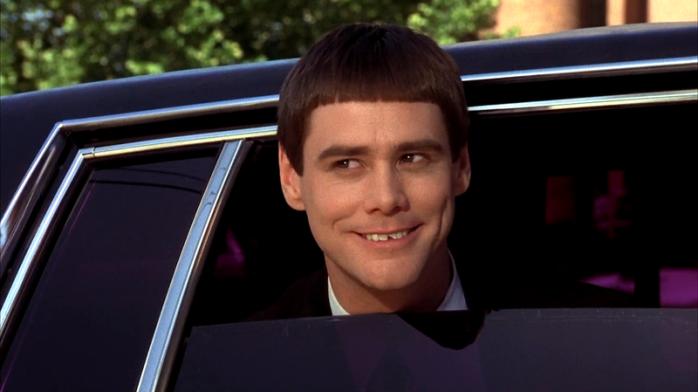 Carrey si è scheggiato il dente da ragazzino: per sfoggiarlo nel film ha solo rimosso la capsula che lo rivestiva.