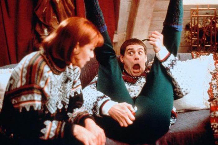 6 - Durante le riprese a Breckenridge (Aspen era troppo costosa per la produzione), Jim Carrey ha trascorso la notte presso lo Stanley Hotel di Estes Park (l'albergo che ha ispirato Stephen King per l'Overlook Hotel di Shining, nonché location del film dei Farrelly) nella famigerata stanza 237. Secondo la guida turistica dell'albergo, Carrey è fuggito a gambe levate dalla camera dopo appena tre ore lasciando l'edificio in preda al panico.