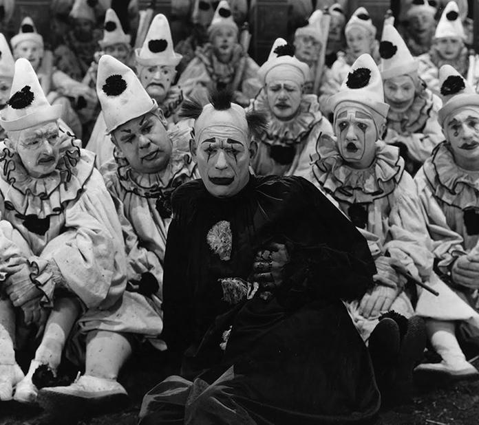 L'uomo che prende gli schiaffi (1924)
