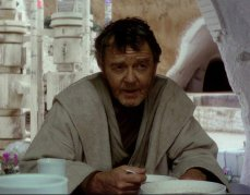 10- Owen Lars Episodio IV - Una nuova speranza