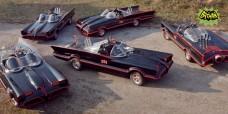 Nel corso delle tre stagioni, sono state usate cinque modelli differenti di Batmobile.