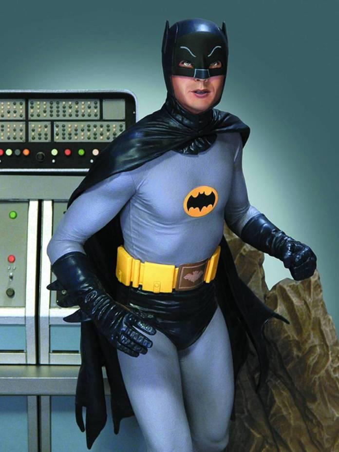 All'apice del successo grazie all'eroe di Gotham City, Adam West, fu contattato per interpretare James Bond in Agente 007 – Al Servizio Segreto di Sua Maestà del 1969 ma la star del piccolo schermo declinò, gentilmente, l'offerta dichiarando che, secondo lui, per incarnare James Bond era necessario un attore inglese. I produttori, così, affidarono la parte a George Lazenby che è australiano.