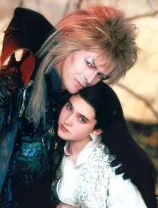 3- Il personaggio di Bowie è influenzato da fonti letterarie: Heathcliff di Cime Tempestose, Edward Rochester di Jane Eyre e Sir Blakeney ne La primula rossa. Bowie aggiunse un look a metà tra il Brando ne Il Selvaggio e il cavaliere misterioso delle favole dei Grimm.
