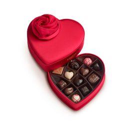 Valentines Day Keepsake Chocolate Heart $ 50.00 su godiva.com