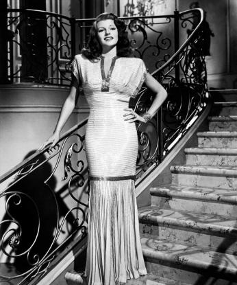 Prod DB © Columbia / DR GILDA (GILDA) de Charles Vidor 1946 USA avec Rita Hayworth pin-up, star, diva, glamour, sexy, escalier